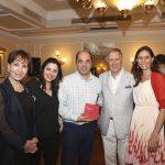 Le Cantine Ferrari premiate da Ettore Mocchetti direttore de La Cucina Italiana
