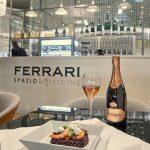 Un Ferrari Spazio Bollicine all'Aeroporto di Linate