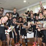 Bollicine Ferrari e Juventus, squadra che vince non si cambia