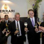 Ma quanti grandi dello sport mondiale hanno brindato con Ferrari al Vinitaly!