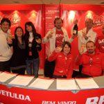 A Madonna di Campiglio soltanto bollicine Ferrari e acqua Surgiva per brindare con Fernando Alonso e Valentino Rossi
