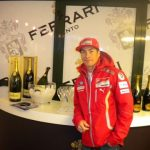 At Madonna di Campiglio just Ferrari bubbles and Surgiva water are used for the toasts with Fernando Alonso and Valentino Rossi