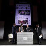 Virman Cosenza ritira il Premio Titolo dell'Anno. Nella foto con Matteo e Camilla Lunelli e Duilio Giammaria