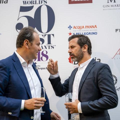 Andreas Caminada (Schauenstein Schloss Restaurant n°47) con Matteo Lunelli