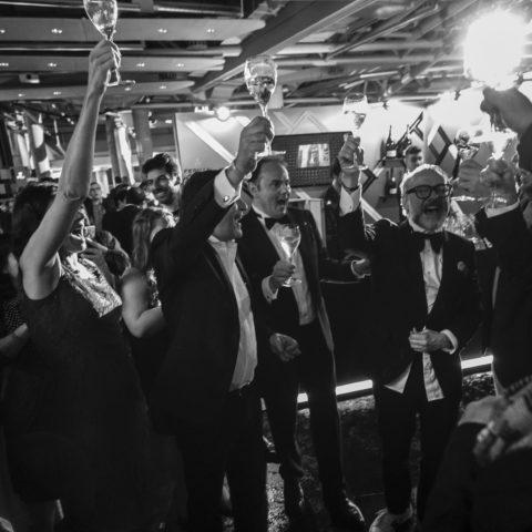 Festeggiamenti per la vittoria di Massimo Bottura