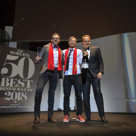 Rasmus Kofoed e Søren Ledet del ristorante Geranium, con Matteo Lunelli