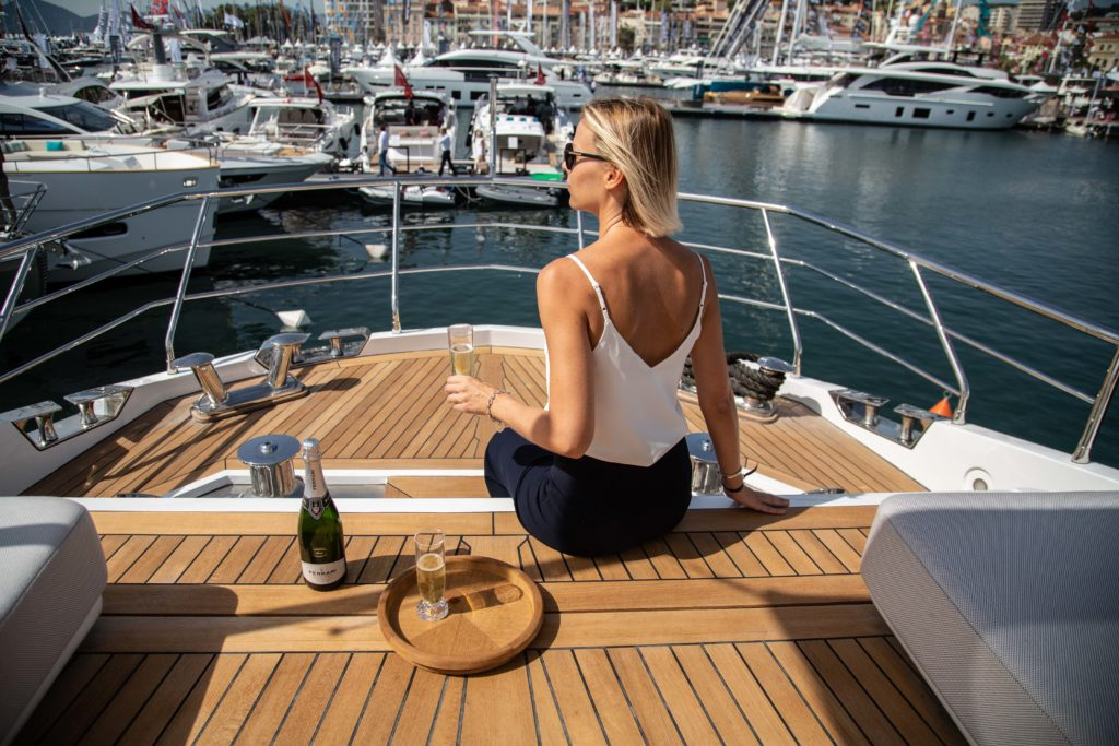 Cannes - Yachting Festival con Azimut-Benetti
